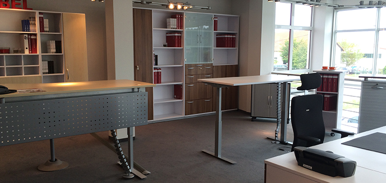 b rom bel kassel abundanceedinburgh. Black Bedroom Furniture Sets. Home Design Ideas